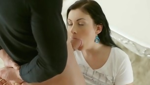 Pleasing chick is filling her hungry needs with chaps choad